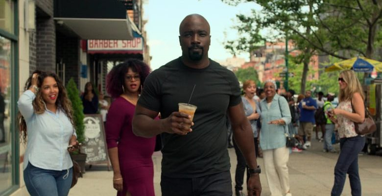 "TV Review: Luke Cage 2×01 ""Soul Brother #1"""